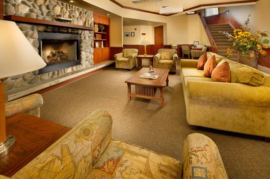 Lobby, Tolovana Inn