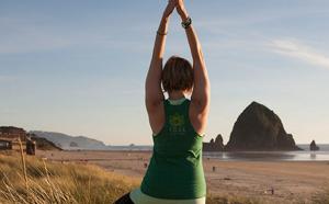 Yoga-Canon-Beach-Sarahjoy-2015