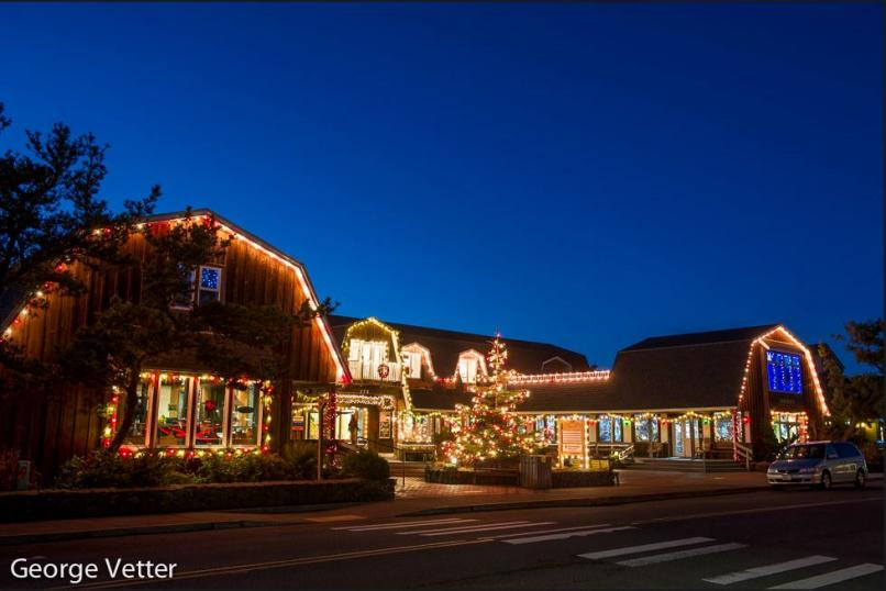 Holiday Shopping in Cannon Beach