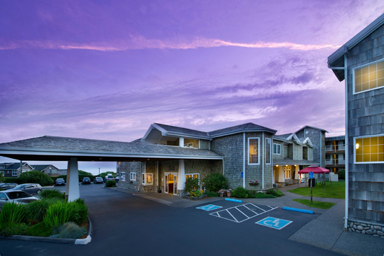 Tolovana Inn, parking lot with dramatic purple sky