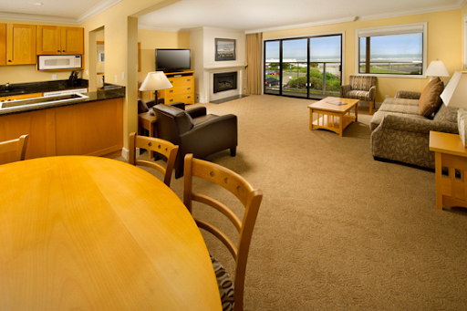 Ocean front suite at Tolovana Inn